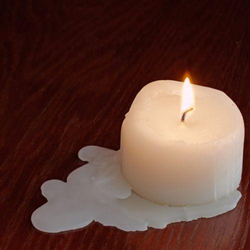 macchie-candela-legno-parquet